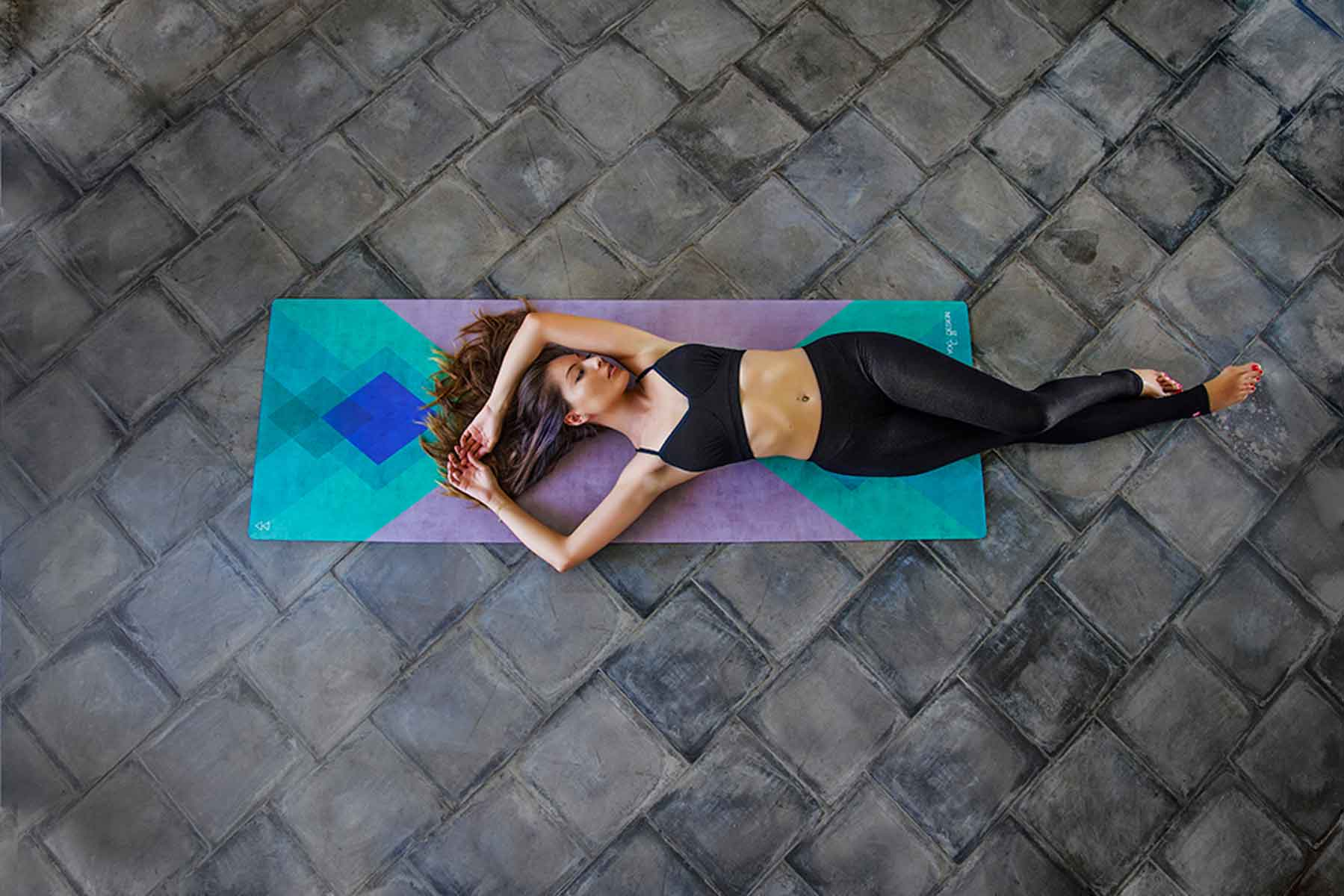 down yoga yogis shop hands markers travel original unique liforme alignment world mat of practical breaking intelligently system s guide shapes alignforme all features best the to ground