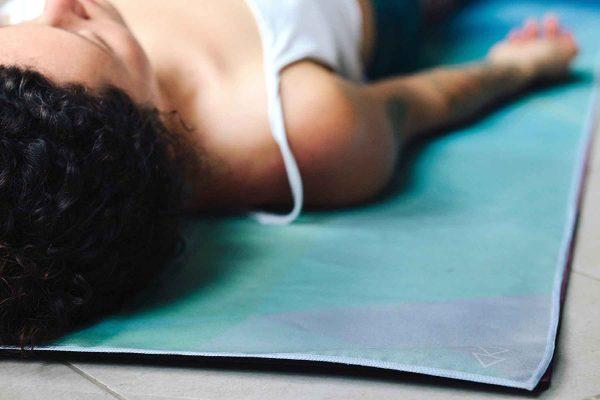Yoga Design Labs Hot Yoga Towel Geo Blue Relax