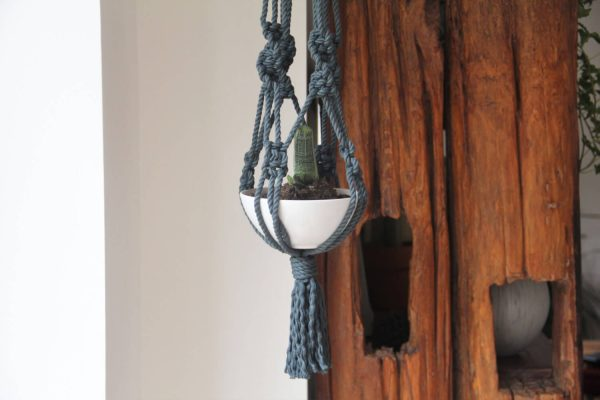 Chunky Macrame Planter Hanger - beautiful